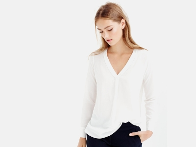 PETITE SILK DRAPEY V-NECK BLOUSE IN IVORY